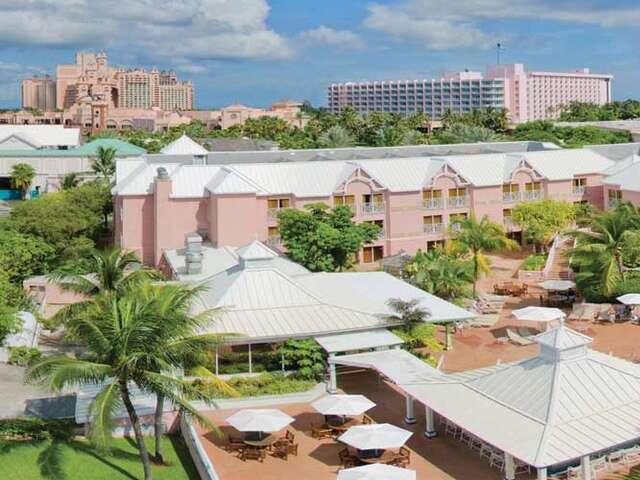 Westjet Vacations - Up to $200 in Food & Beverage Credit