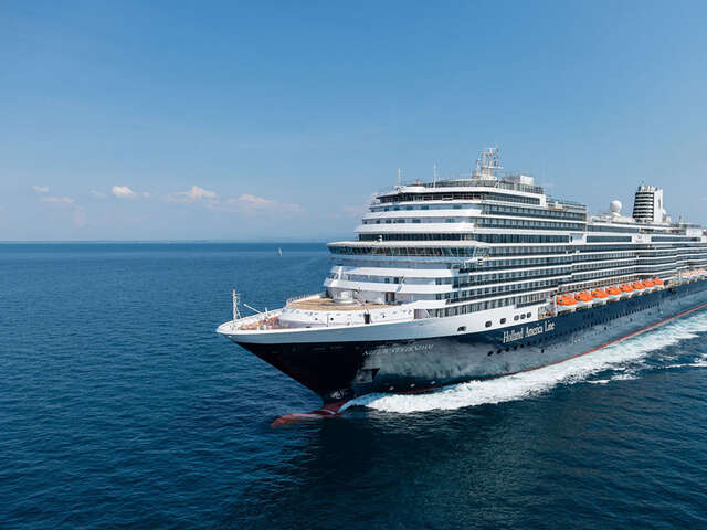 Holland America Focuses on Music and Cuisine