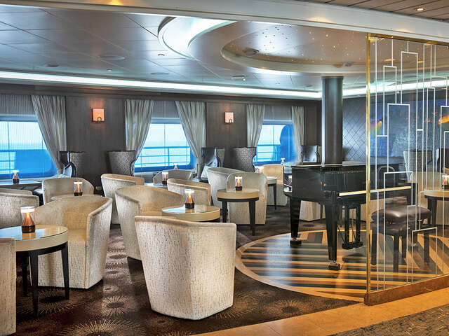 Seven Seas Navigator Embarks on First Voyage Following Refurbishment