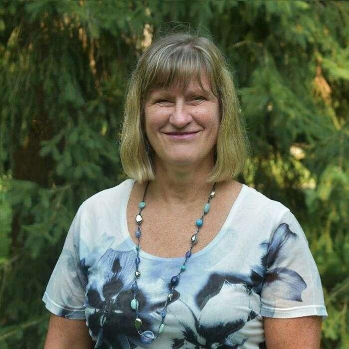 Carol Walton
