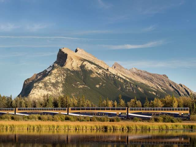Rocky Mountaineer - Get 2 free perks* worth up to $400 in value per couple