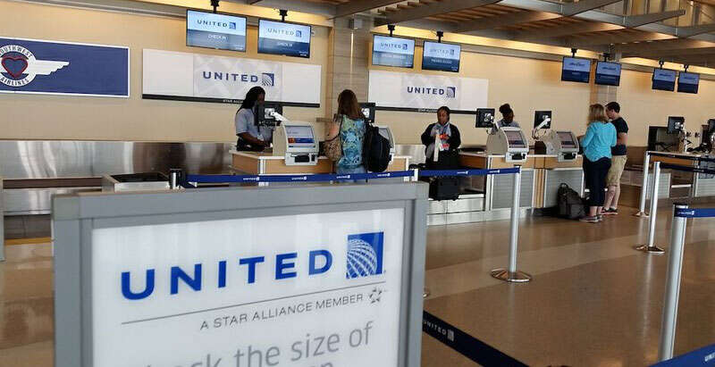 United Airlines now asks health questions of passengers before check-in