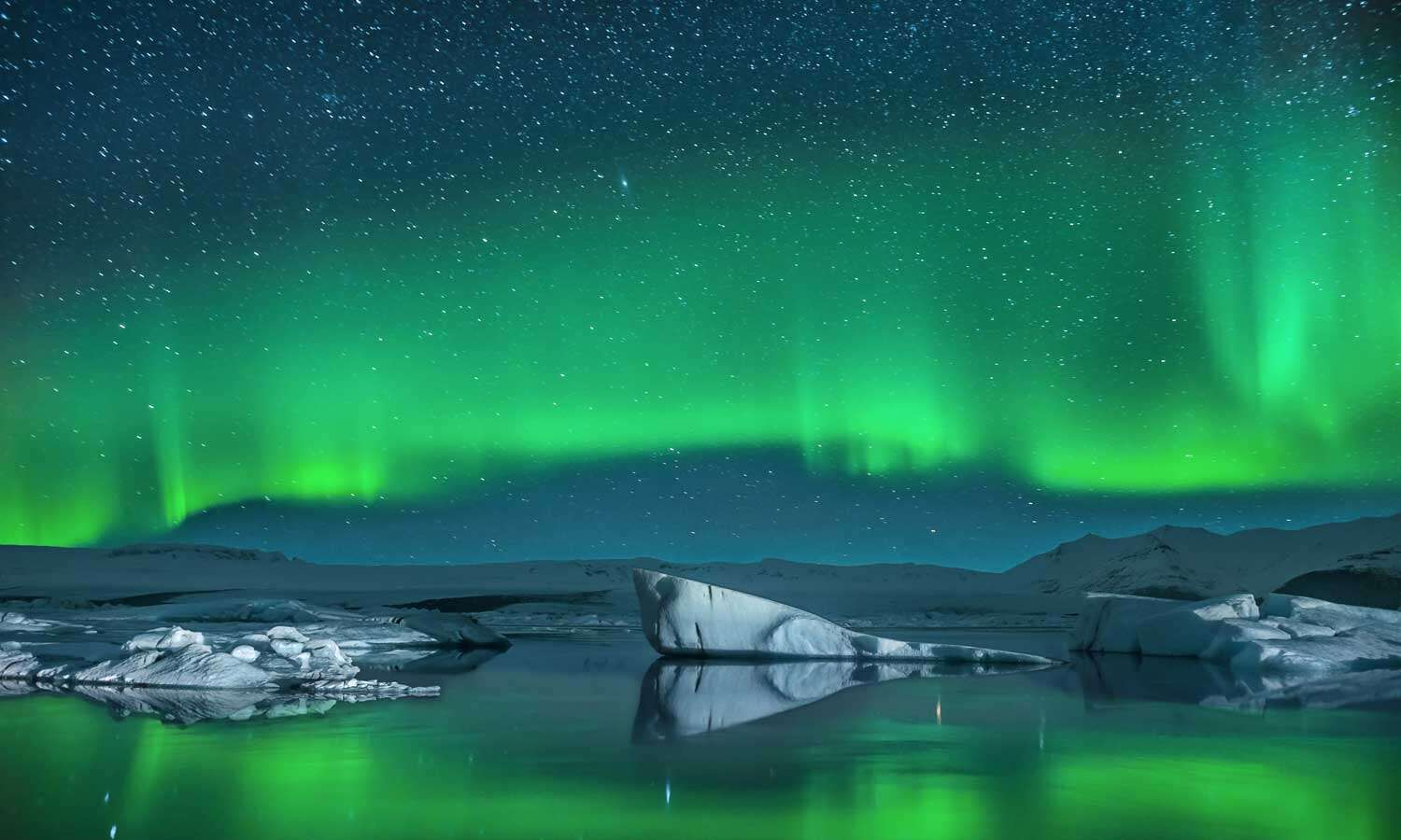 When is the Best Time to See the Northern Lights on an Alaska Cruise