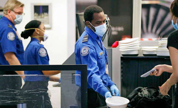 TSA screens 1 million daily passengers for first time since pandemic began