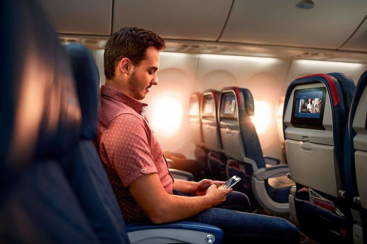 Delta Air Lines Will Keep Blocking Middle Seats through April 2021