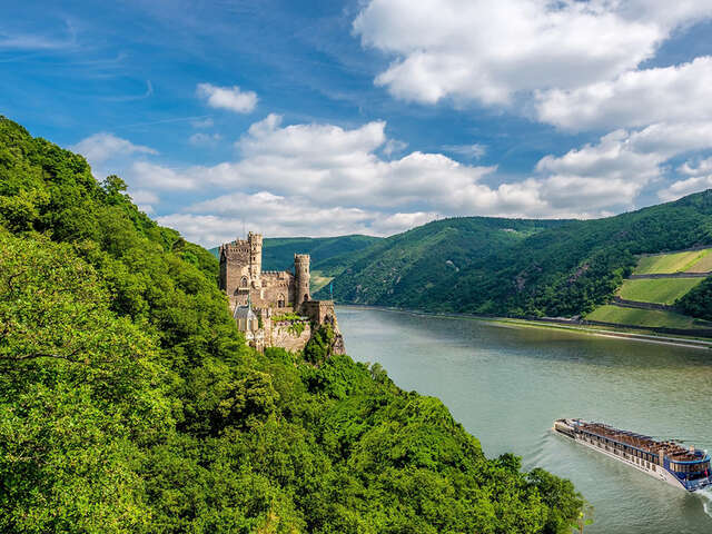 AmaWaterways Announces Free Land Packages in France