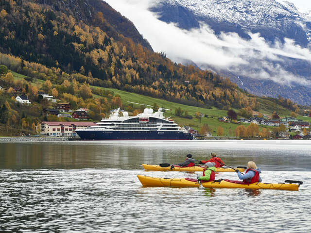 Ponant and Smithsonian Journeys Announce a New Alliance