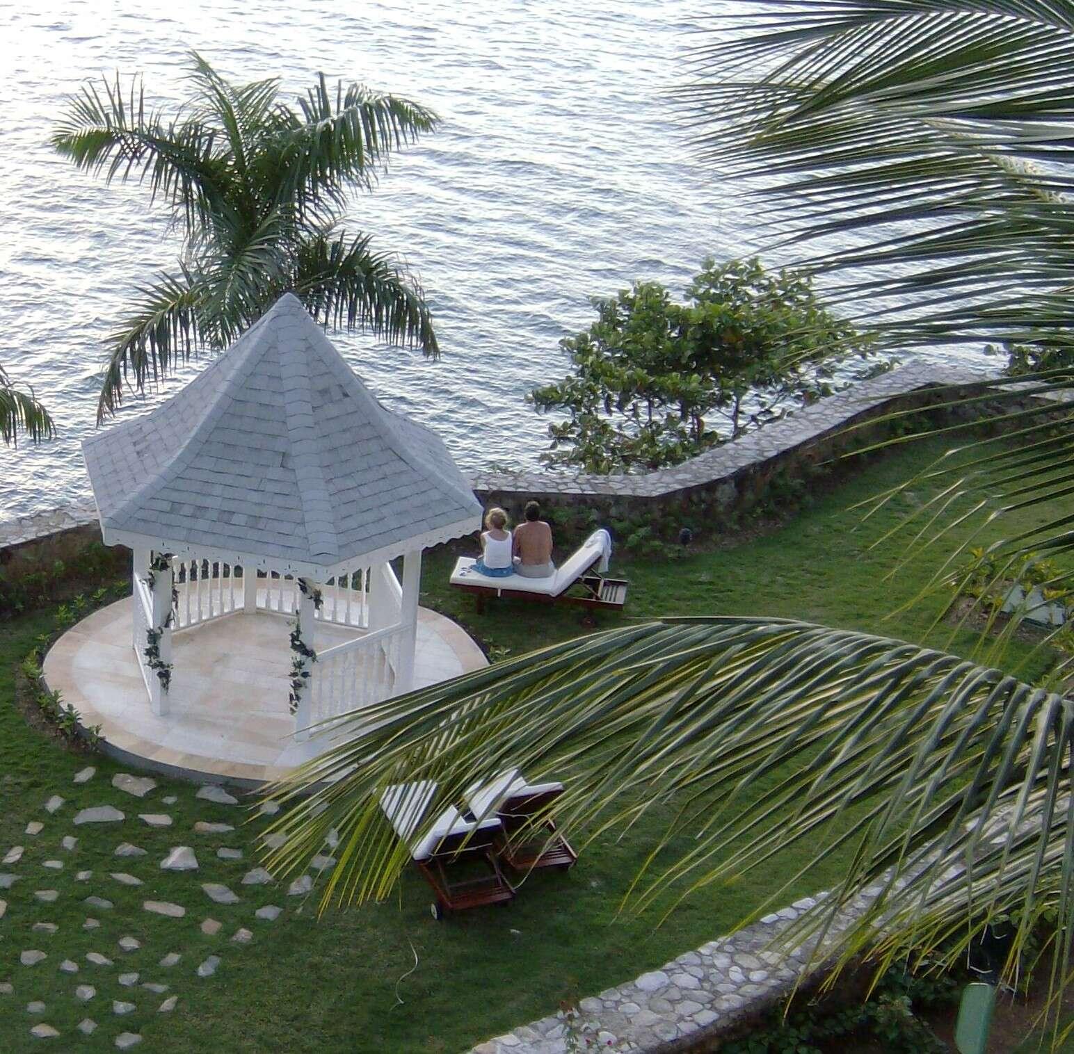 Private Island Honeymoons
