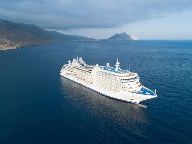 Silversea Cruises Officially Names Newest Ship, Silver Moon, in Athens
