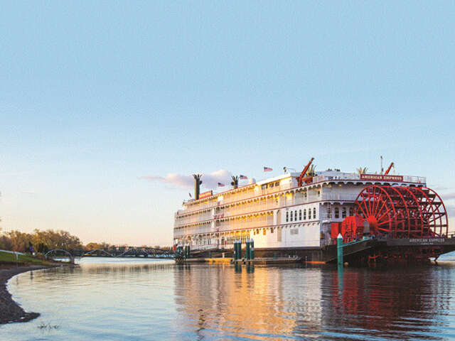 American Queen Steamboat - Up to $2,000 in bonus savings and low fares