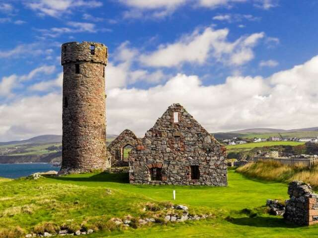 The British Isles and the Faroe Islands – Castles, Capitals and Vikings