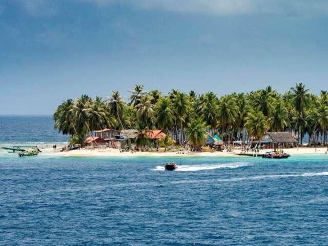 Caribbean Sea – Hidden Highlights and Sailing Through the Panama Canal (Itinerary 1)