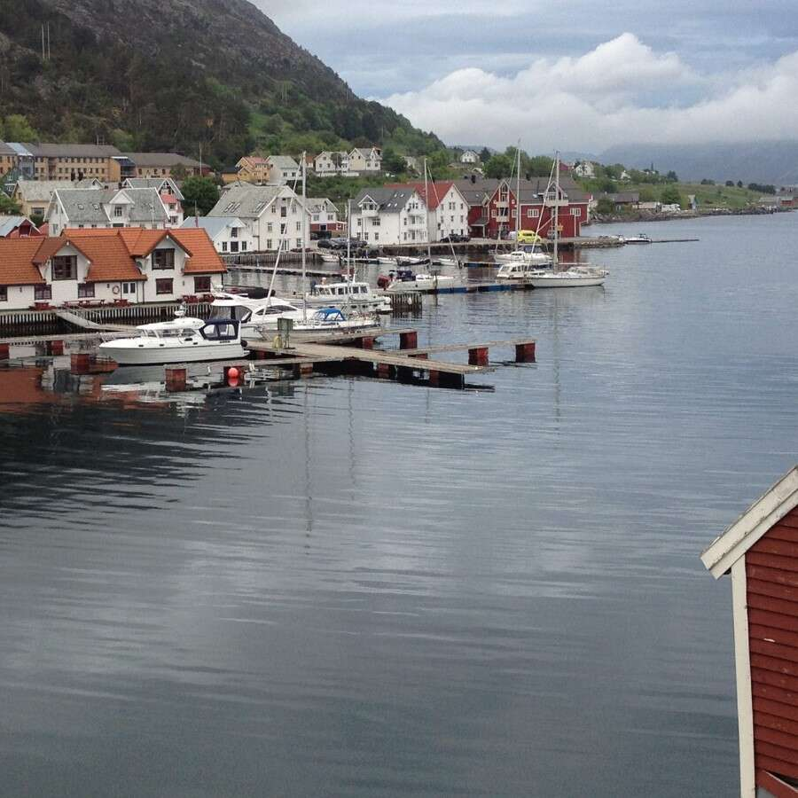The hidden 'Frozen Bay'  - Kalvåg, West coast island
