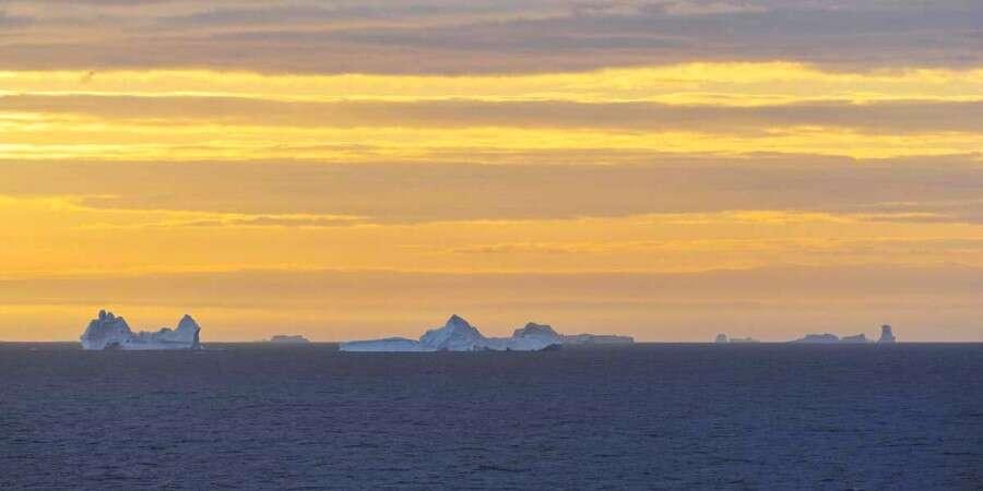 Crossing the Davis Strait - Baffin Bay and Davis Strait