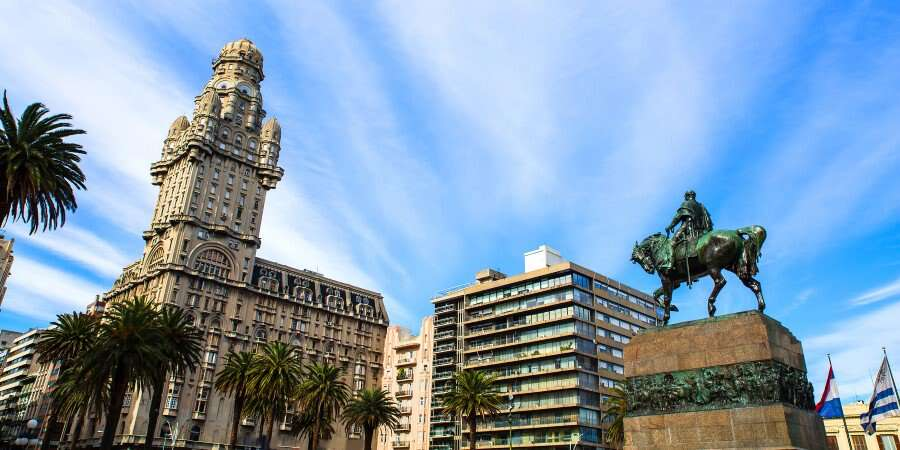 Fascinating Capital - Montevideo