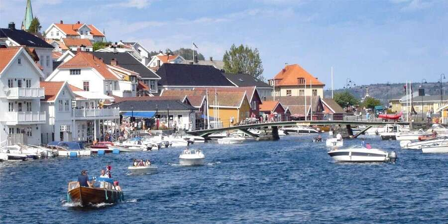 Islands, Alleyways, and Art - Kragerø, Norway