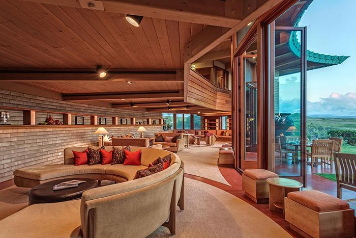 Frank Lloyd Wright Home 4.5 Star, Waimea, Hawaii living room