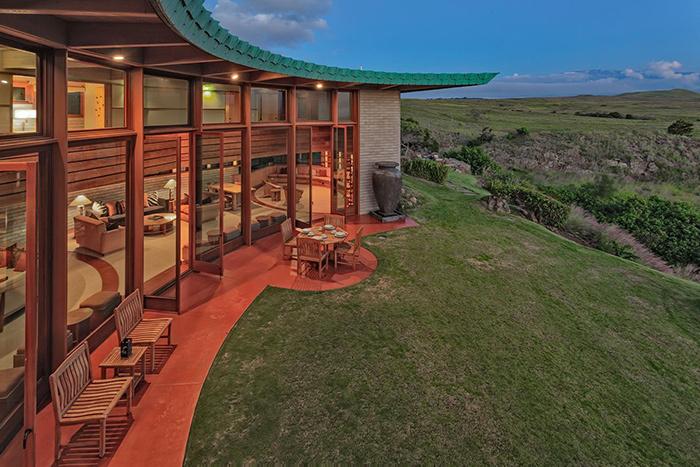 Frank Lloyd Wright Home 4.5 Star, Waimea, Hawaii