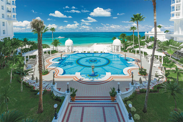 Riu Palace Las Americas pool view