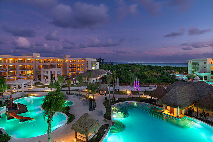 Paradisus Playa del Carmen La Esmeralda pools