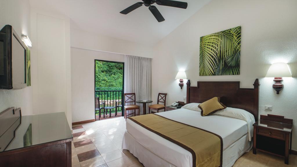 Riu Lupita, Riviera Maya bedroom