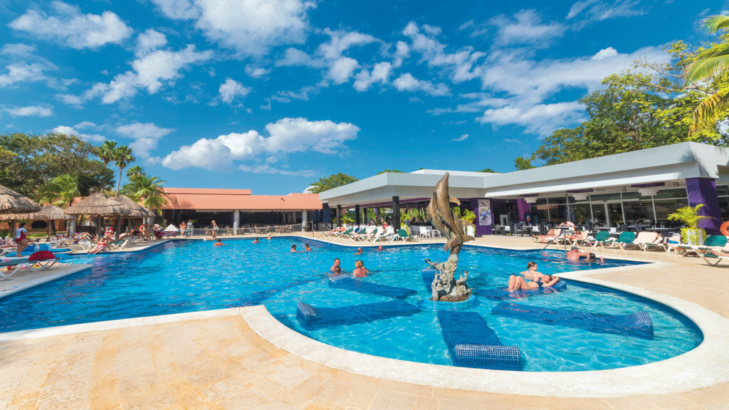 Riu Lupita, Riviera Maya pool