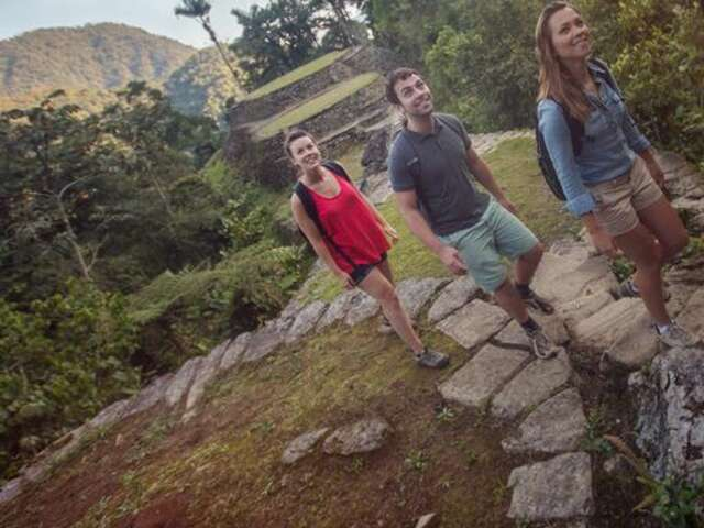 Colombia through the Andes–Cartagena to La Paz