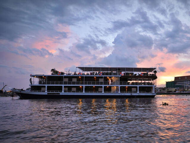 Mekong River Cruise - Ho Chi Minh City to Siem Reap