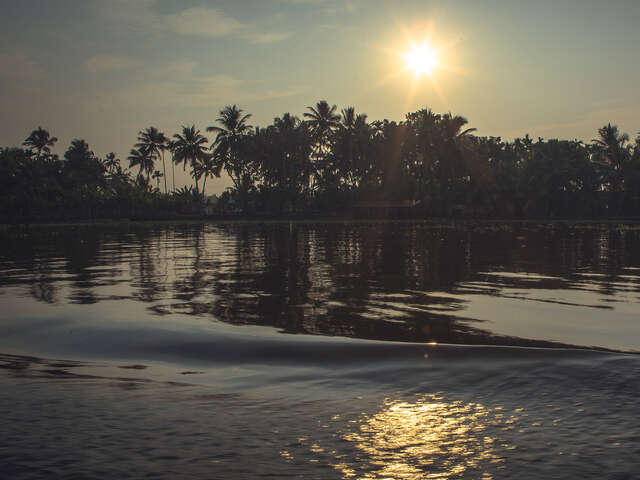 Kerala Beaches & Backwaters