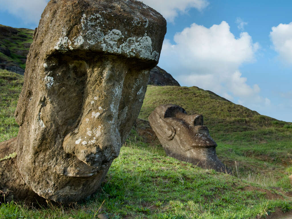 Escorted Tours To Easter Island