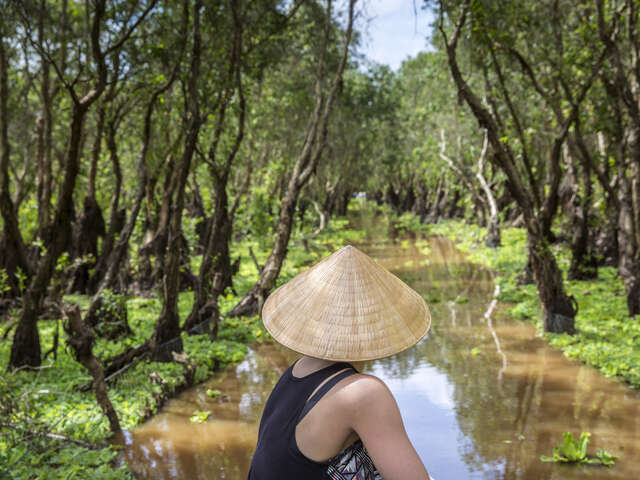Mekong River Experience – Siem Reap to Ho Chi Minh City