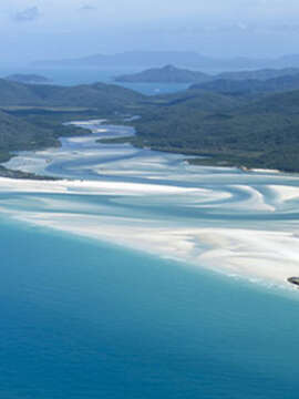Across Australia by Train with the Great Barrier Reef (Cairns)