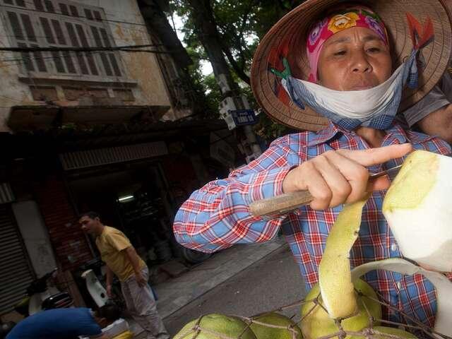 Ho Chi Minh City Day Tour: Street Food (half day)