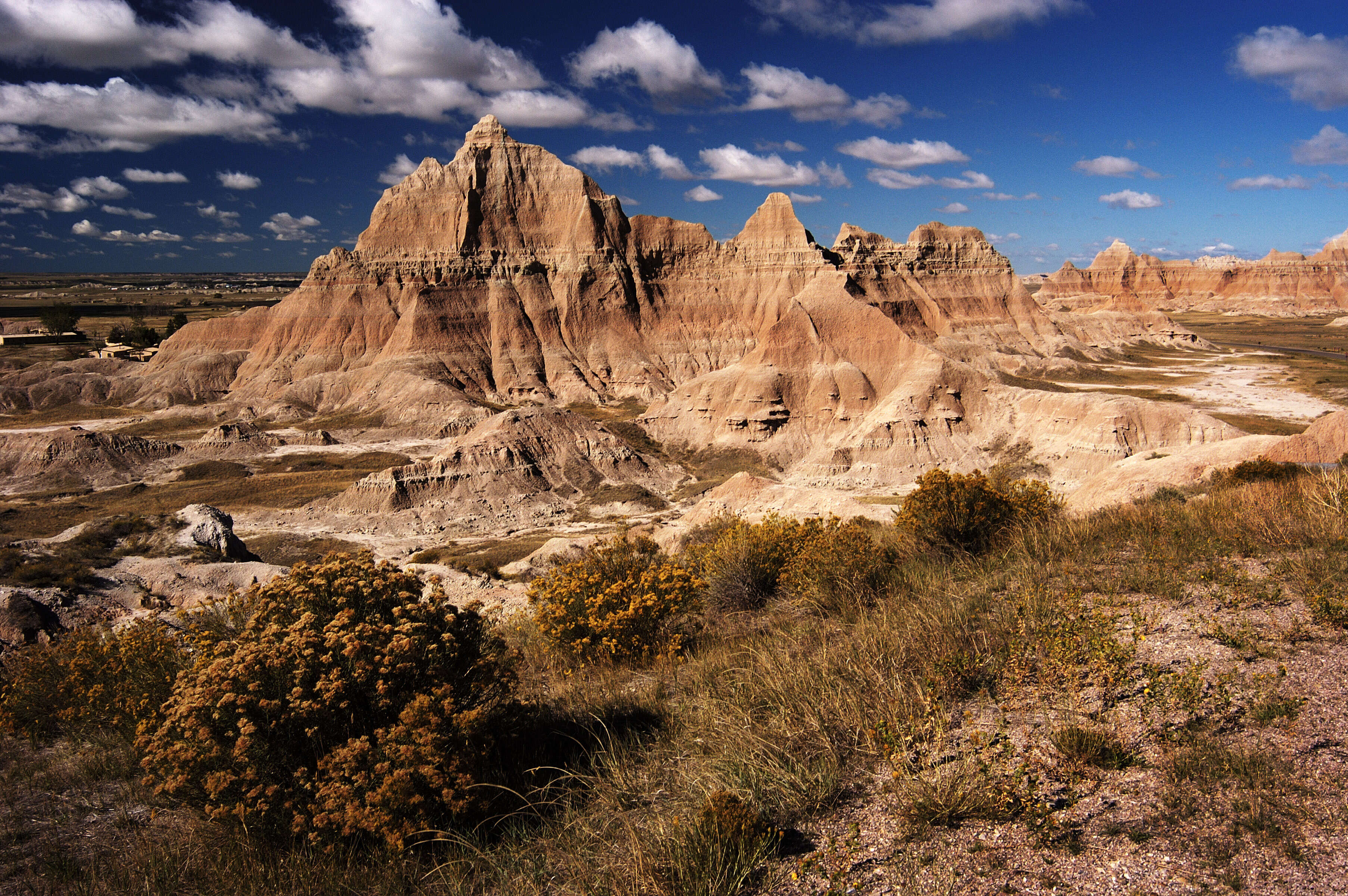 Spotlight on South Dakota featuring Mount Rushmore & The Badlands