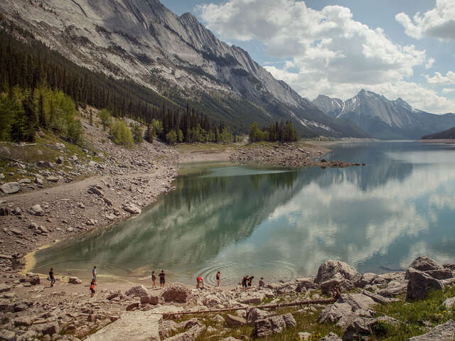 Canadian Rockies Encompassed