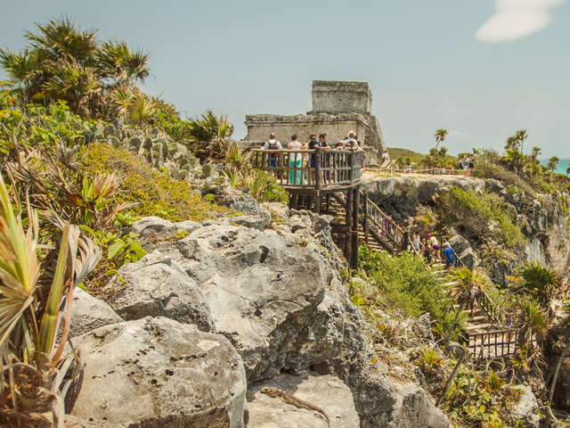 Central American Journey: Rainforests & Ruins